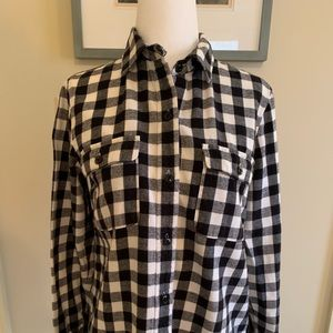 Madewell black and white button down shirt